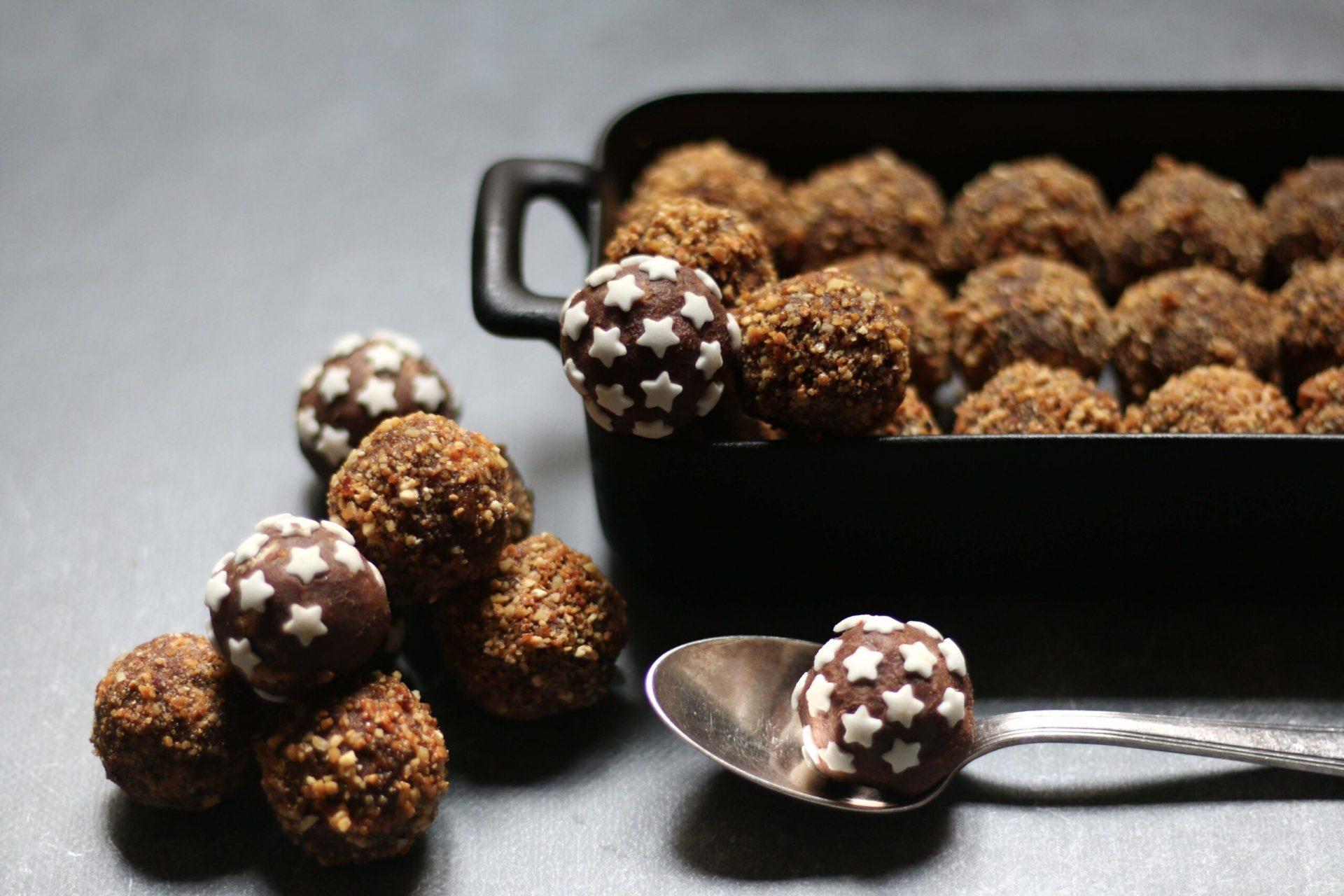 מוס שוקולד כדורי שוקולד