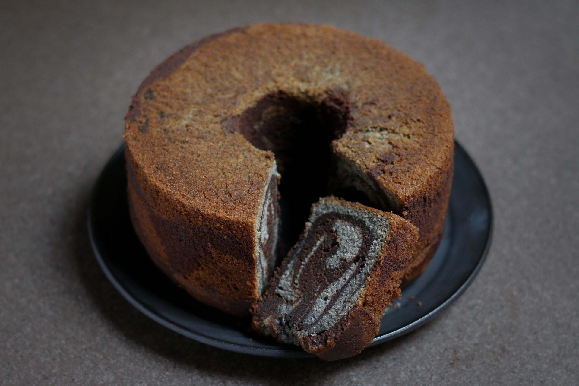 עוגת שיש שוקולד שומשום שחור