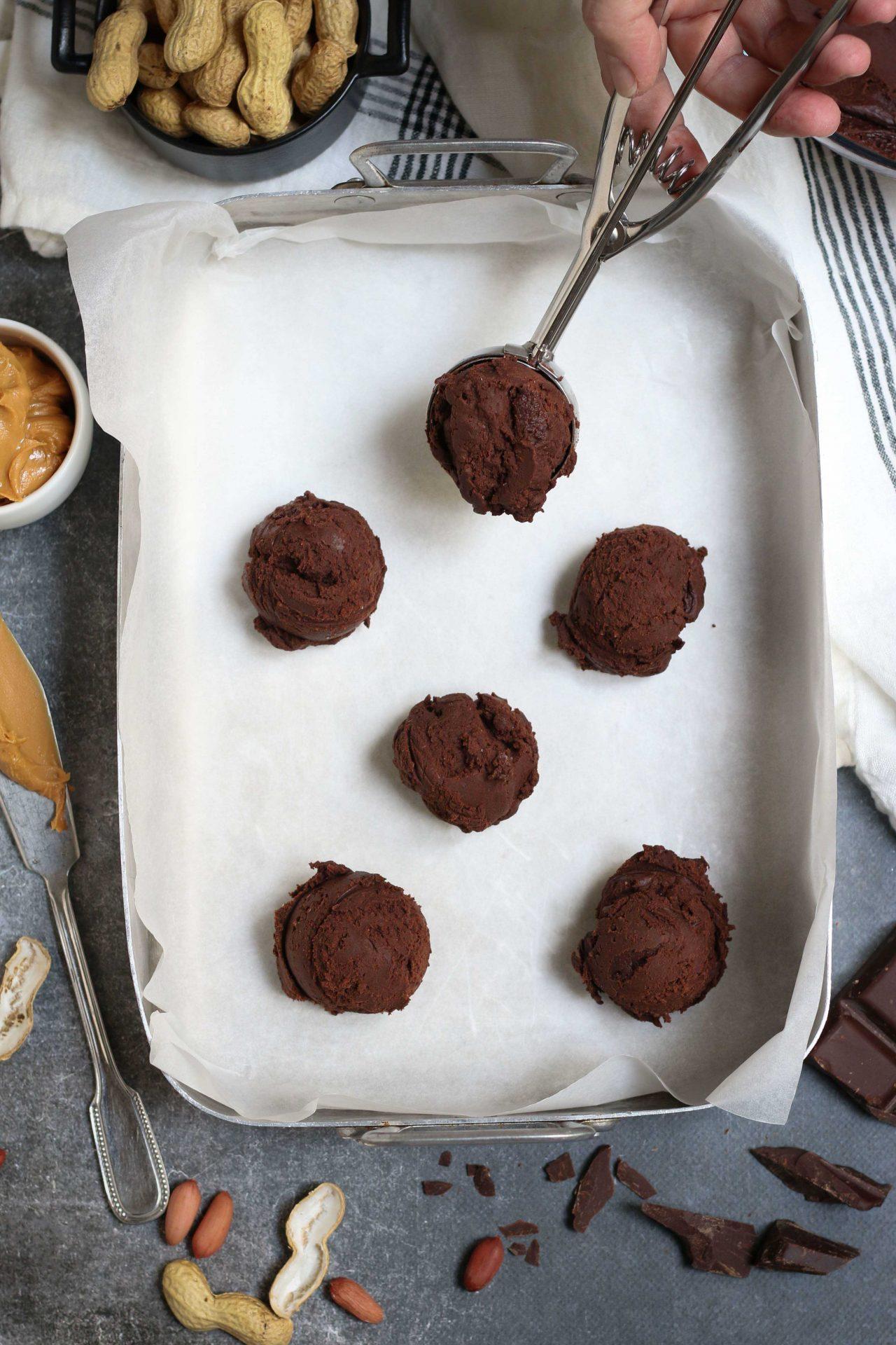 BUCKEYE CHOCOLATE COOKIES