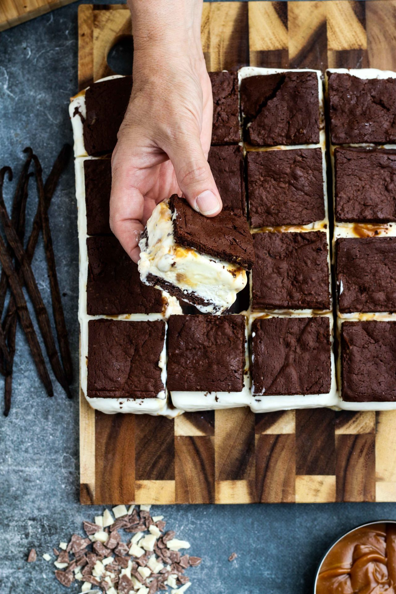BROWNIE ICE CREAM AND SALTED CARAMEL SANDWICHES