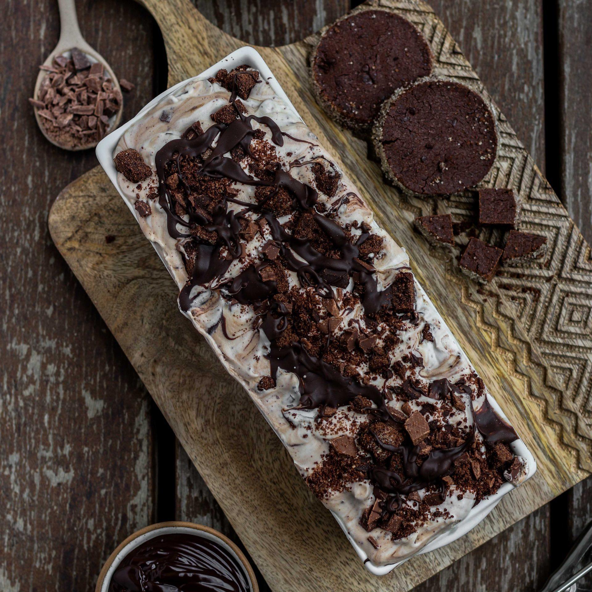 גלידת עוגיות וגנאש שוקולד